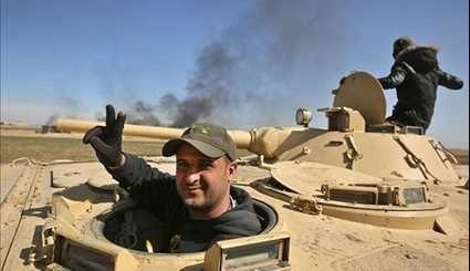 Iraqi Forces Close to International Airport in Southwestern Mosul