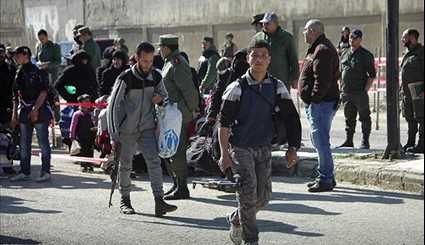 More Gunmen, Their Families Leave al-Wa'er in Homs for Northern Syria