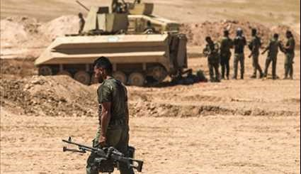 Iraqi Popular Forces Advancing in South of Mosul