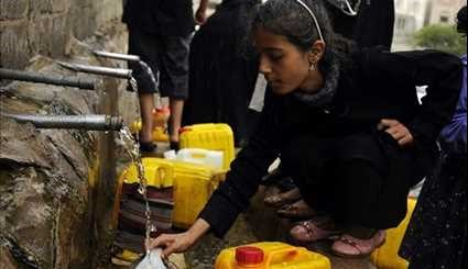 People Face Clean Water Shortage in Yemen