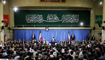 Leader receives Quran reciters on 1st day of Ramadan