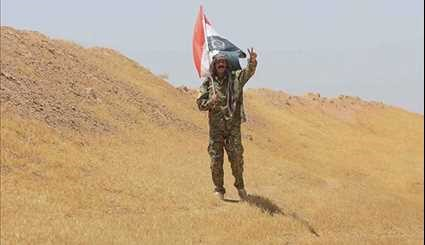 Iraqi Popular Forces at Syrian Border Position