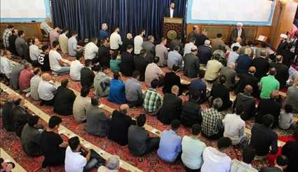 Eid al-Fitr prayers in Hamburg Islamic Center