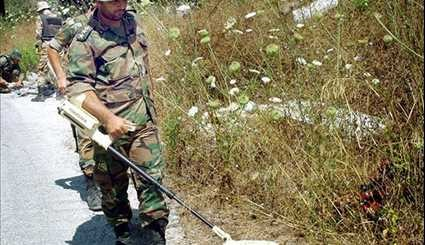 Syria: Sappers Defuse Explosives in Lattakia's Rabi'a