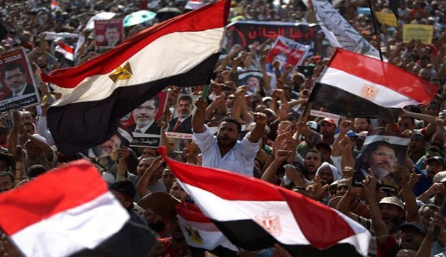 Morsi loyalists attacked in Cairo Adawiya Square