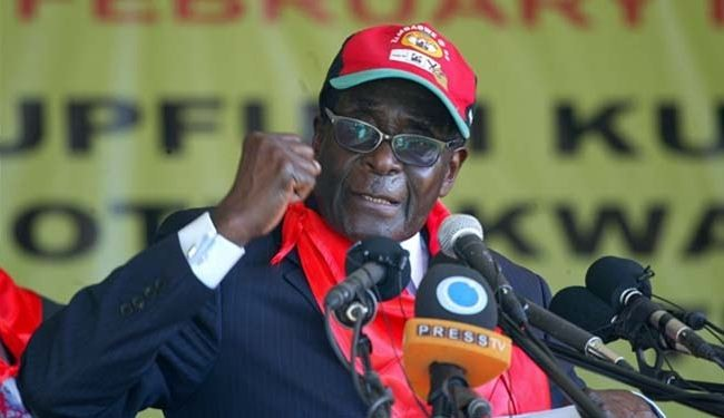 'Mugabe likely to win Zimbabwe vote'