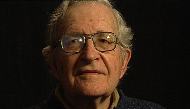 Chomsky: Attack on Syria without UN mandate war crime