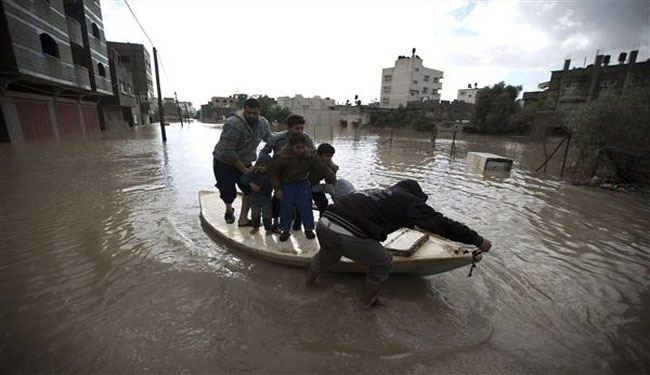 Israel opens dams to flood Gaza, forcing evacuations