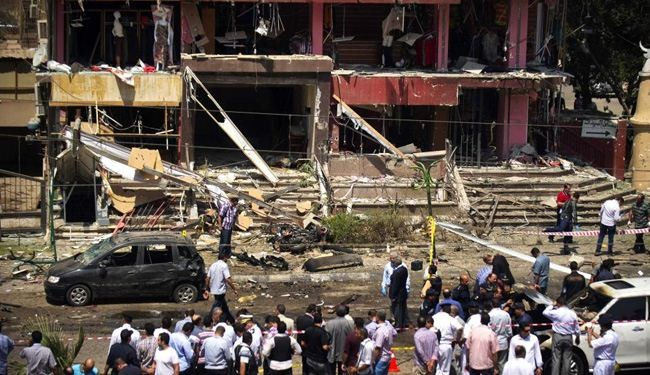 Bomb blasts hit Cairo‬ police HQ and metro station, 5 dead