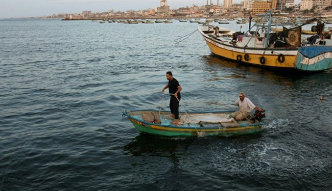 Israel opens fire at unarmed fishermen in Gaza