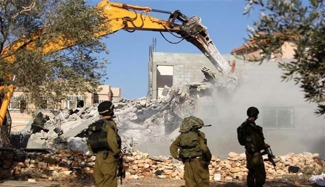 Israeli bulldozers level Palestinian homes in Negev