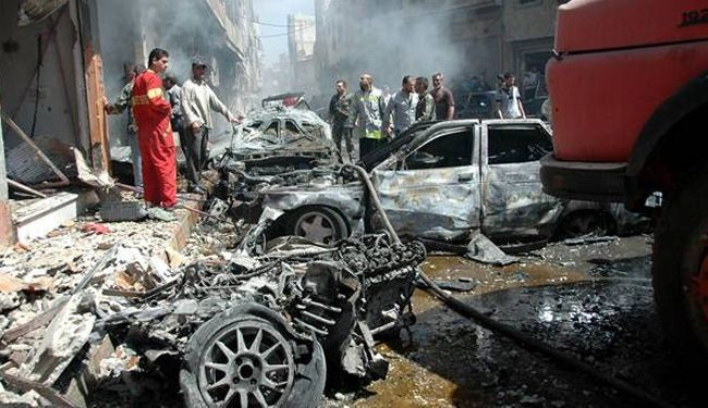 Car bomb kills dozens, Observatory head near Syria-Turkey border crossing