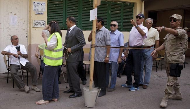 Egypt resumes voting in poll seen giving Sisi landslide victory