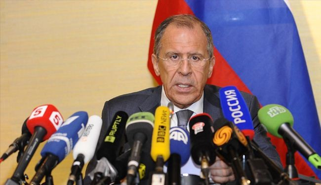 Lavrov: Ukrainians pushed into abyss of fratricidal war