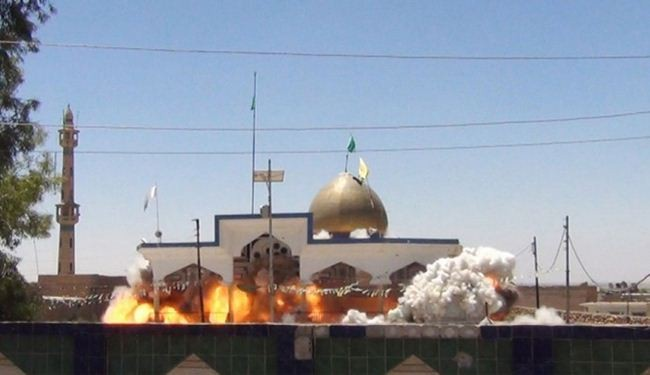 ISIL militants destroy Shia shrines, mosques in Iraq