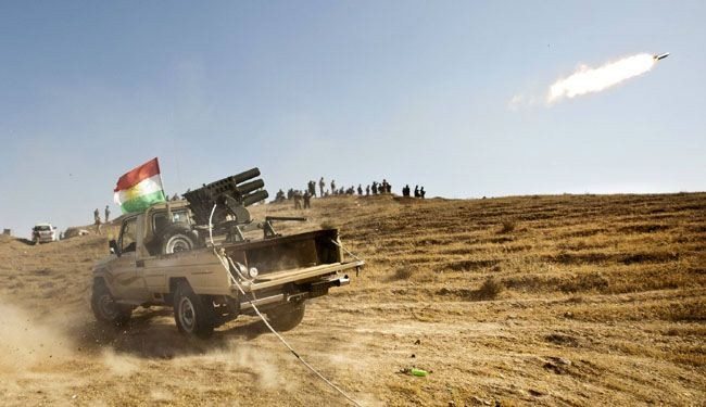 Iraqi, Kurdish forces battling to retake two ISIL-held towns