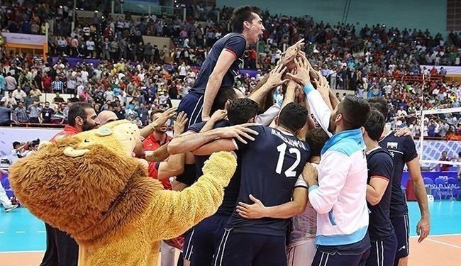 Iran Outplays USA in Straight Sets: Pictorial Report