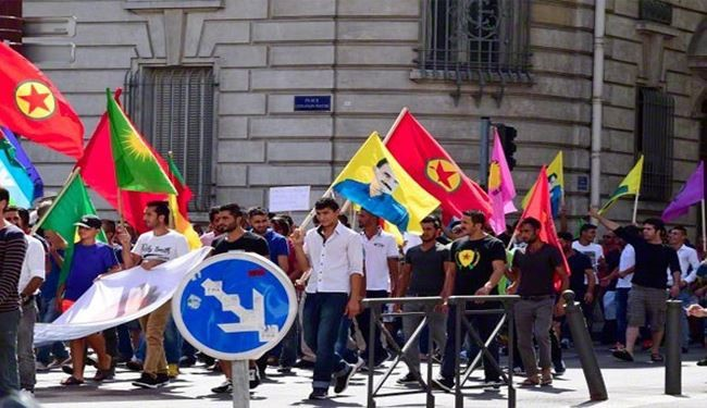 Pics: Kurdish Protesters in France Condemn Turkish Attacks