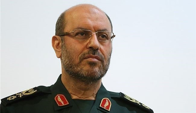 Defense Minister: Iran Always Supports Resistance