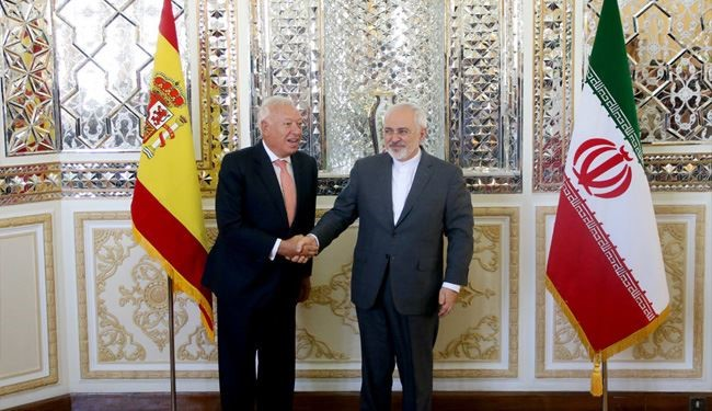 Iranian, Spanish FMs Hold a Joint Press Conference