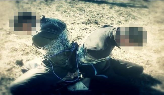 ISIS Supporter Syrian Group Revealed Images of 2 Victims to be Torched Alive