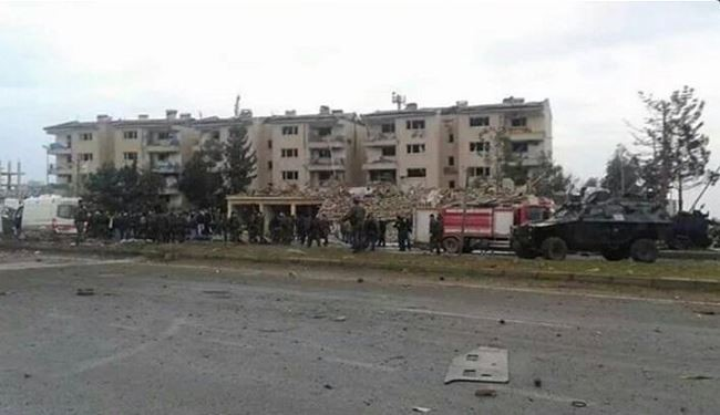 2 Police Officers killed in Car Bomb Attack in Southeastern Turkey