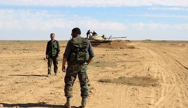 Syrian Soldiers Engage in Fierce Clashes with ISIL in Hama