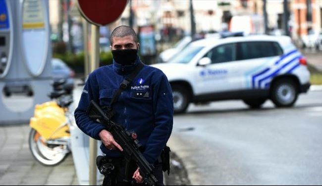 Belgian Police Shoot Suspect in Europe-Wide Terror Raids