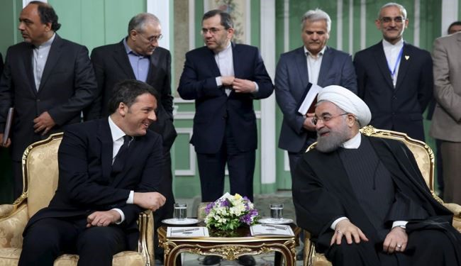 Iran, Italy Ink Dozen Economic Deals