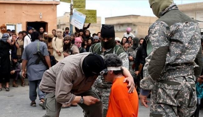 WARNING GRAPHIC PICTURES: Most Savage Method of ISIS Execution