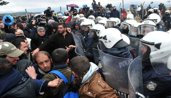 Greek Riot Police to Evacuate Migrants from Idomeni Camp: Officials