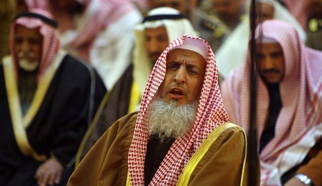 Saudi Mufti: Saudi Arabian Soldiers in War Don't Have to Fast in Ramadan!