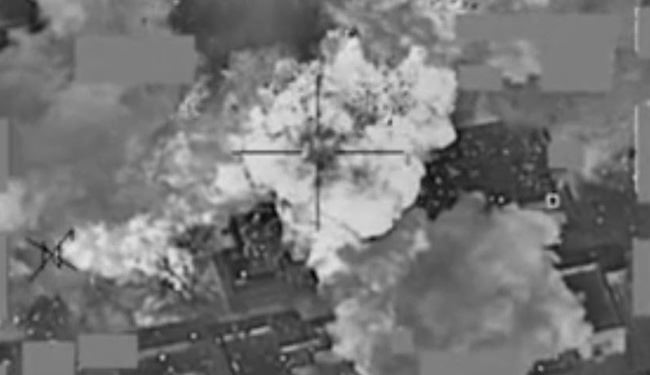 ISIS Terrorists' Oil Depot Hit in Mosul by Iraqi Fighter Jets