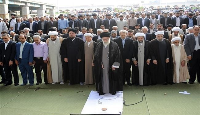 Supreme Leader Leading Eid al-Fitr Prayer