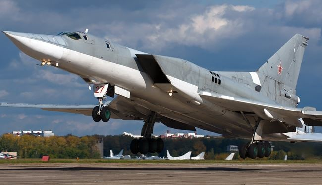 6 Russian Tu-22M3 Strategic Bombers Attack ISIS Positions in Syria