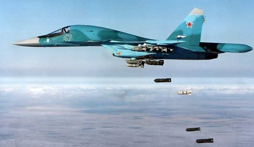 Russian, Syrian Warplanes Launch Heavy Airstrikes on Terrorists in Northern Hama
