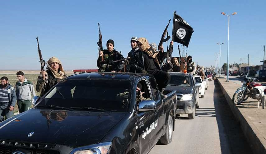 ISIS Starts Evacuation of Non-Syrian Fighters' Families from Hasaka Battlefields