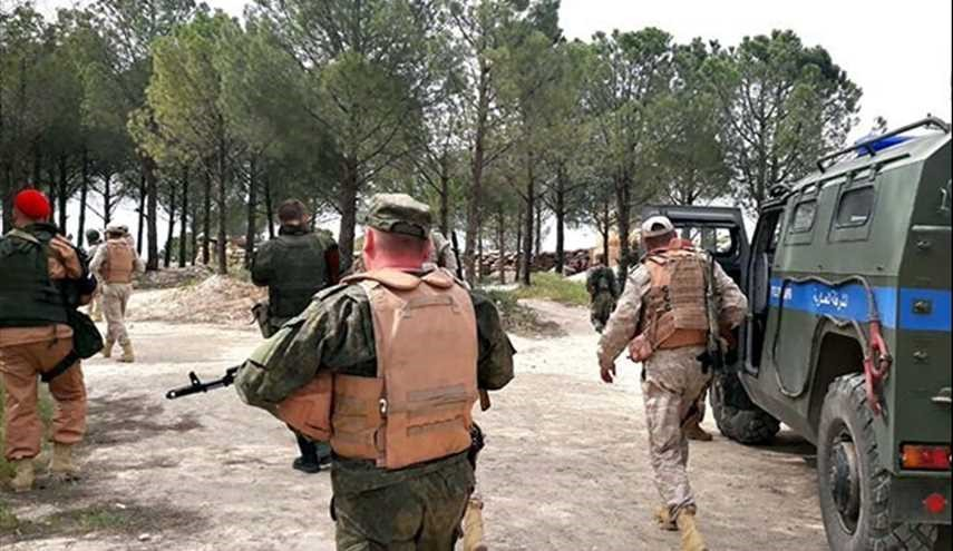 Syrian Army Deploys Fresh Soldiers at Russian Base near Border with Turkey
