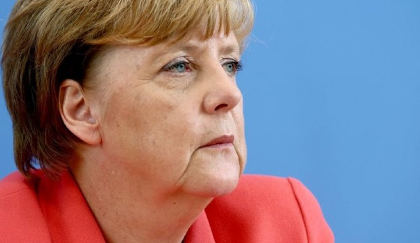 Merkel vows block Turkey's EU membership talks
