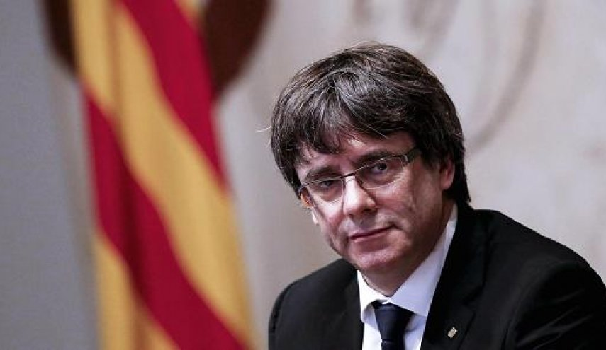 Catalan leader fails to spell out independence stance, calls for talks