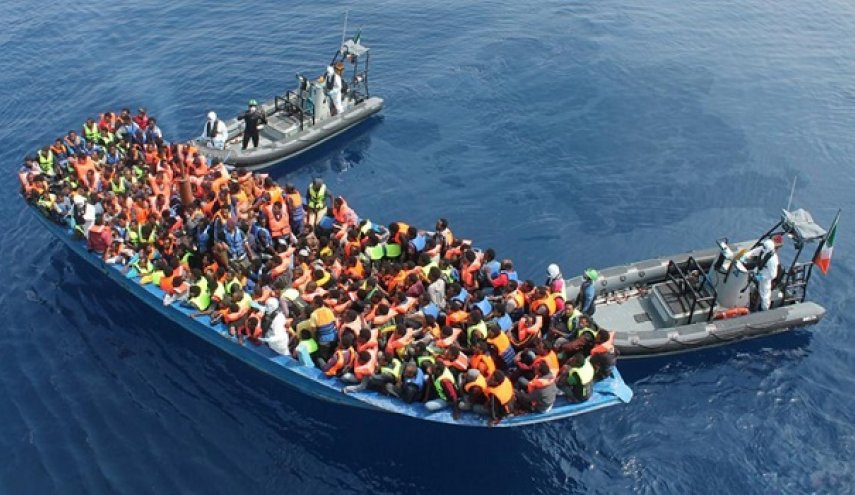 Spain rescues 250 migrants in Mediterranean