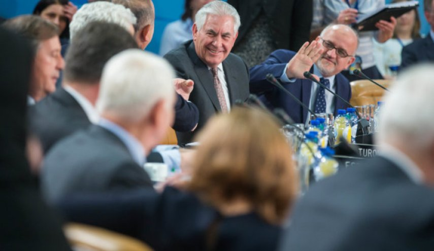 Tillerson: Russia sanctions will stay until it withdraws from Ukraine