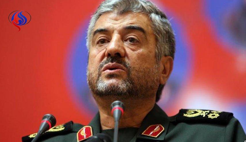 پاسخ جعفری به اظهارات ترامپ در باره تضعیف قدرت ایران/ توانایی تهران برای دفاع از خاورمیانه در کمتر از 12 دقیقه